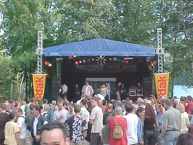 European Bodypainting Festival stage, 30/07/2000, 17:56